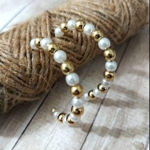 E1746 Gold & White Beaded Open Hoop Earrings